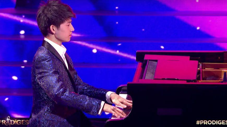 Jeanmarcmorandini.com:Prodiges: Regardez le moment où Paul, jeune pianiste de 15 ans, gagne hier soir le concours de talents classique de France 2 – Vidéo